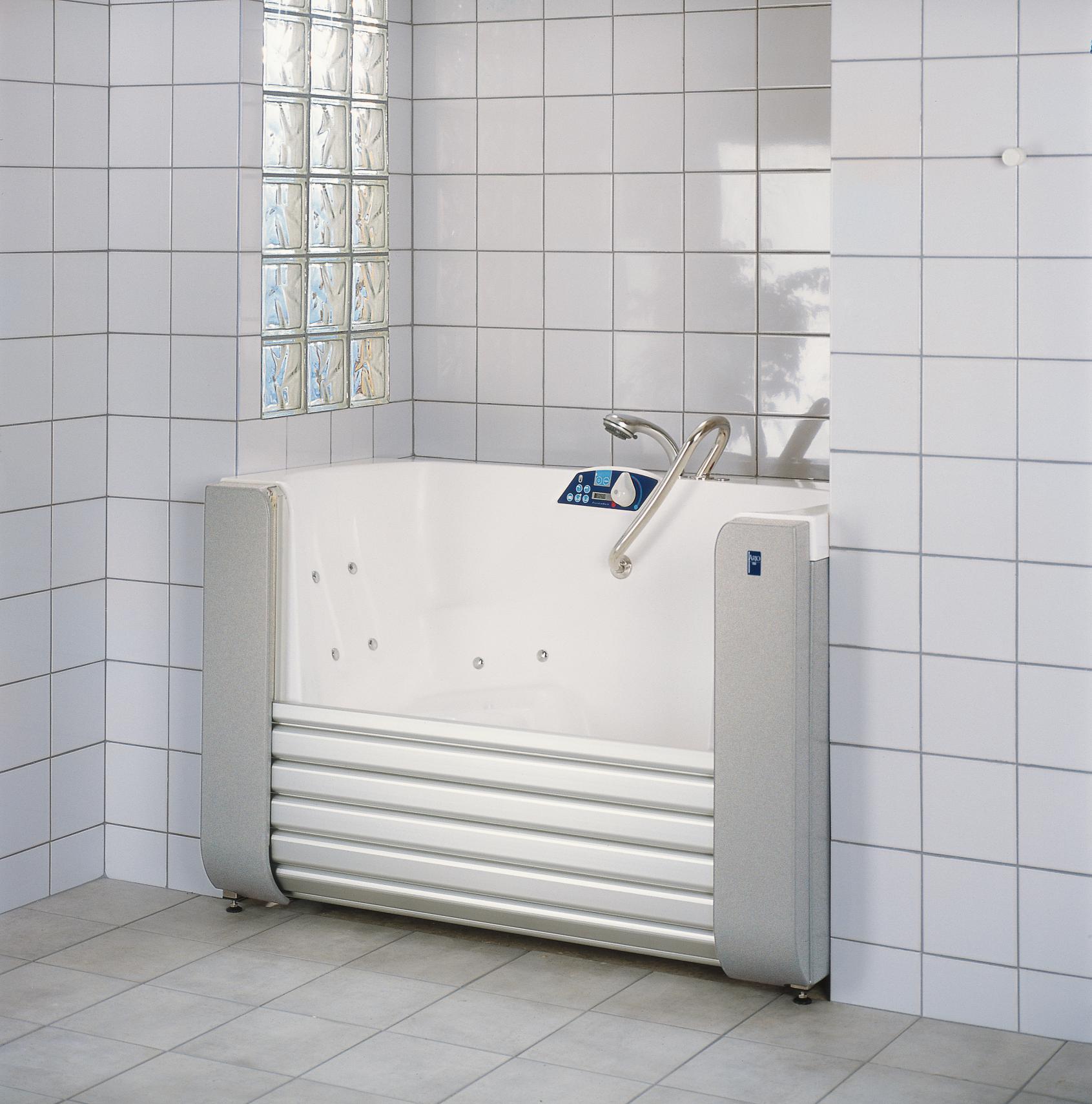 flytbart badekar Hjælpemiddelbasen   Arjo, Freedom badekar med jalousi dør fra Arjo A/S flytbart badekar