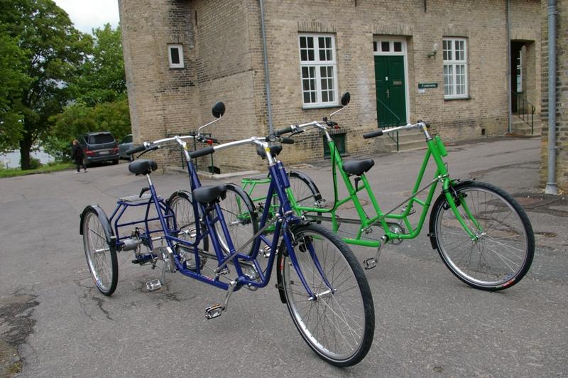 Hjælpemiddelbasen - Mr. Pedersen 3-hjulet handicaptandem cykel voksen med el-hjælpemotor. fra ...