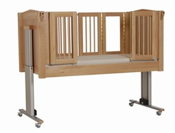 Emma 1 Care cot 4 doors Natural