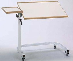 Angle adjustable bed table