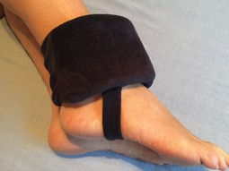 Ergonomic cushion to ankle.