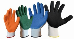 The Slide Solution gloves  - example from the product group applying gloves